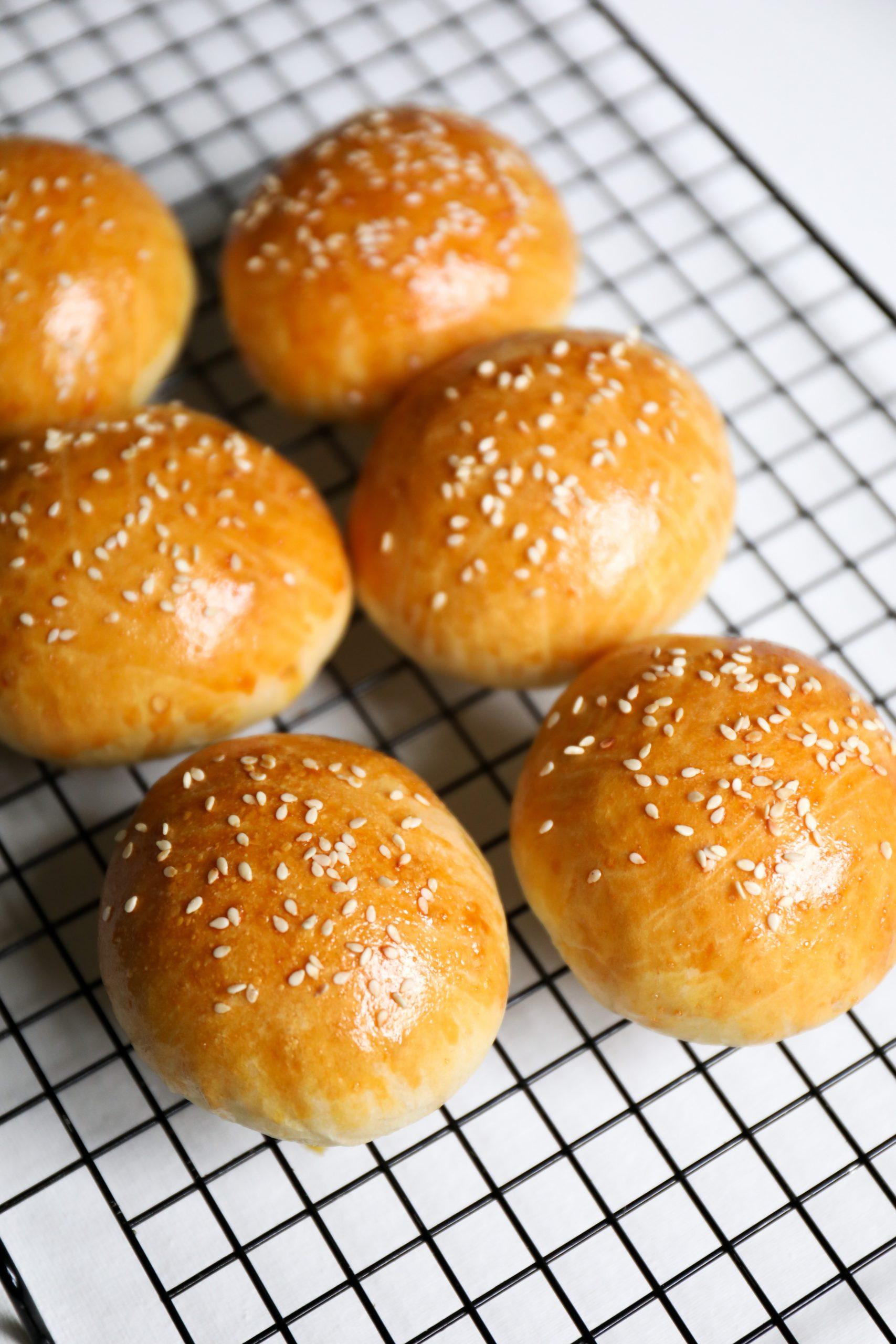 Sourdough Hamburger Buns No Yeast